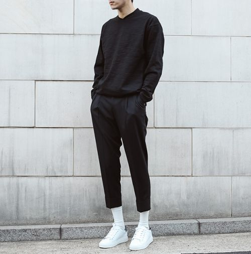 ID on these sneakers?