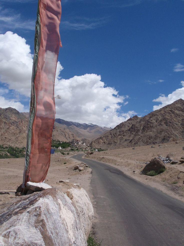 The road ahead & Tibetan Flag