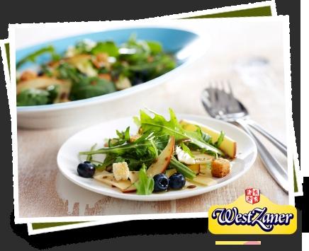 Kaas recept: Salade Westzaner rookkaas en bosbessen    Lees meer op: http://www.kaas.nl/kaas-recepten/salade-westzaner-rookkaas-en-bosbessen