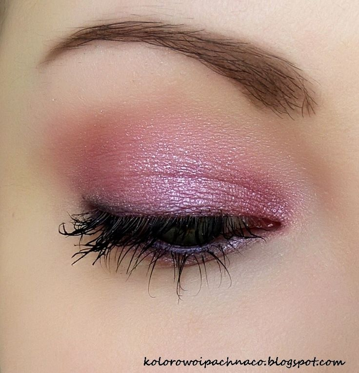 "Lucy Minerals ""Rose Shimmer"" shadow + ""Plum"" liner. Primer&mascara Revitalash."
