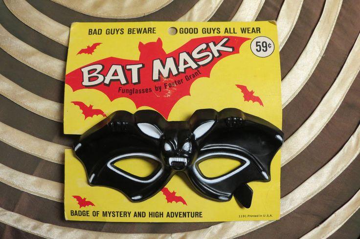 Vampira Batman Bat Glasses Mask Foster Grant Peggy Guggenheim Vintage Halloween