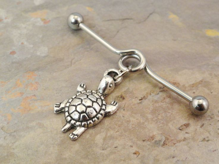 Umm if I ever get the industrial done, this is the earring for me :) I NEED THIS