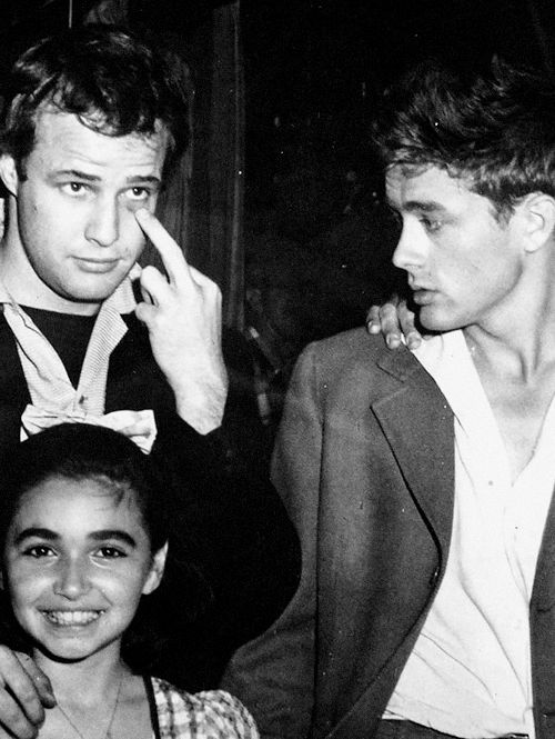 Marlon Brando and James Dean...Uploaded By www.1stand2ndtimearound.etsy.com                                                                                                                                                     More