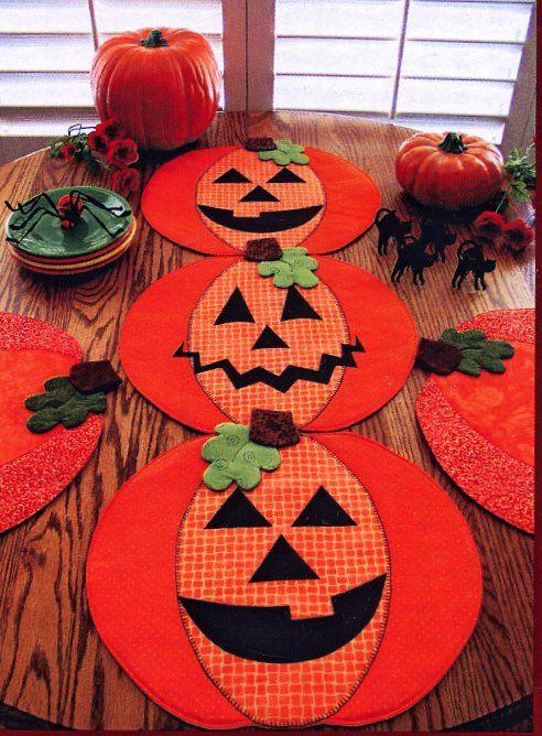 Camino de Mesa Halloween y manteles individuales de calabaza - Halloween Table Runner & Pumpkin Placemats