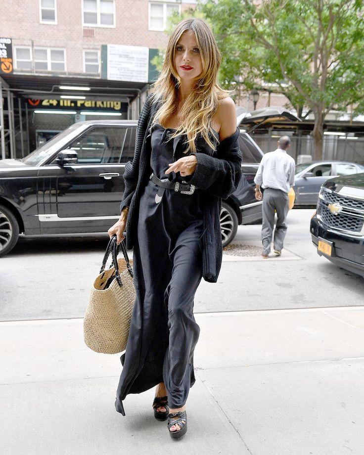 hidi-klum-arrives-back-at-her-hotel-in-new-york- — Postimage.org