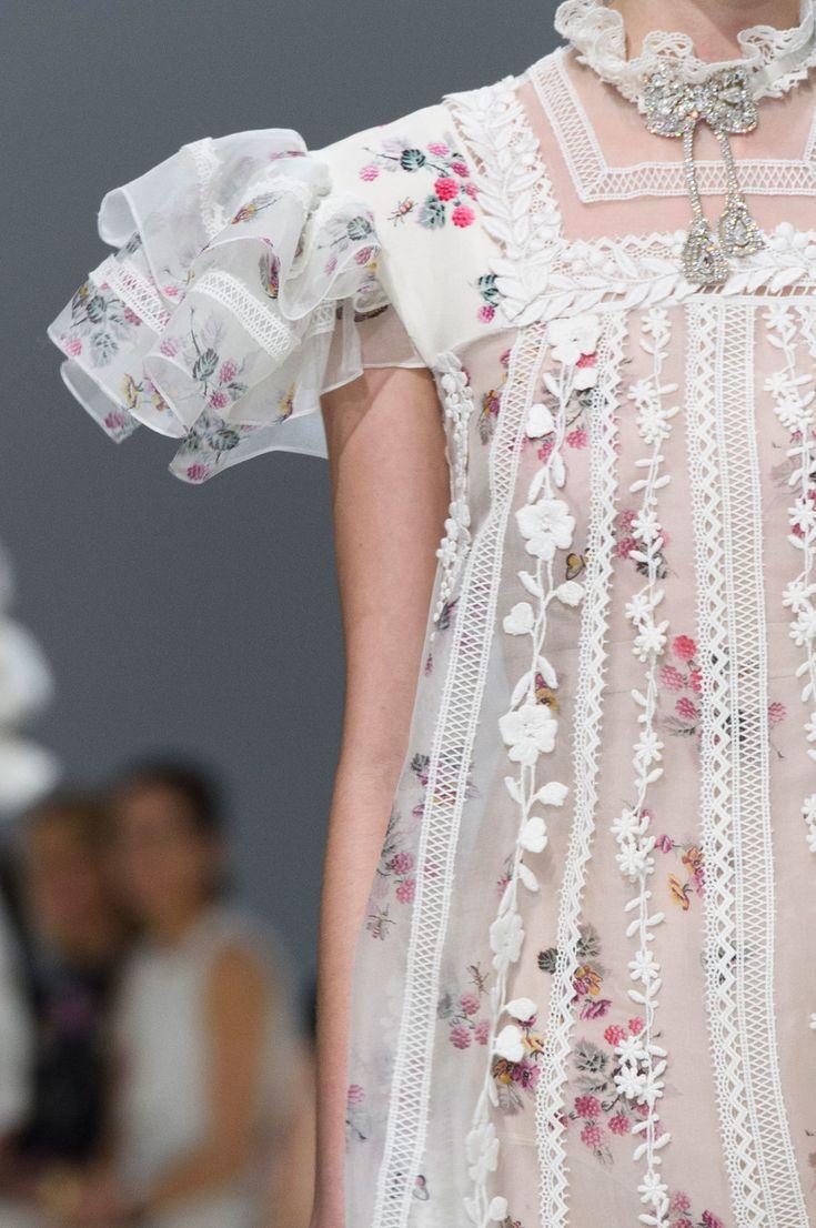 Giambattista Valli at Couture Fall 2016