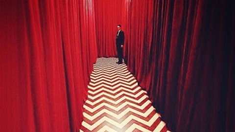 After 26 Years, Twin Peaks' Return May Come in April #ZangGames - #Art #LoveArt http://wp.me/p6qjkV-lHf
