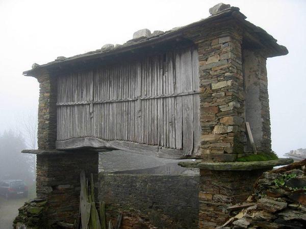 Joyas de la arquitectura rural Asturiana. Cabazo de #Taramundi