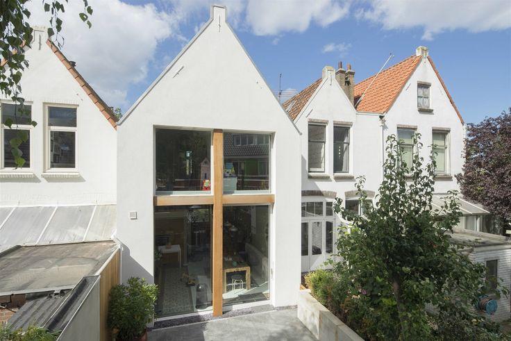 Přestavbu domu v nizozemském městě Rijswijk navrhl architekt Ruud Visser společně se svým japonským kolegou Fumi Hoshinou.