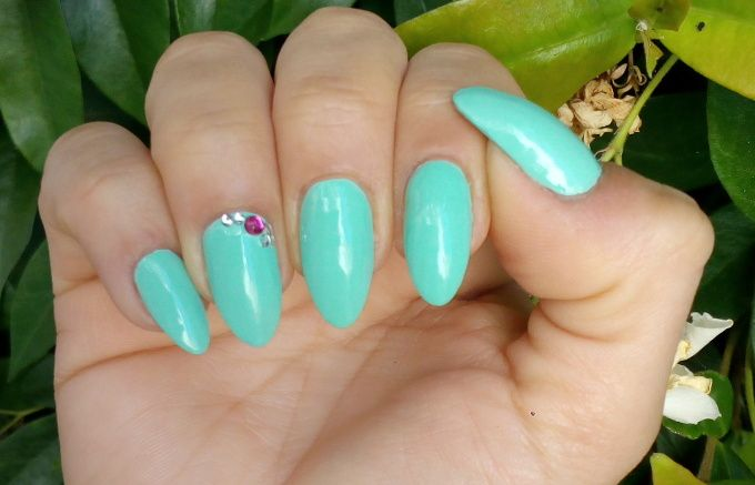Essence The Gel Nail Polish 40 Play With My Mint 2