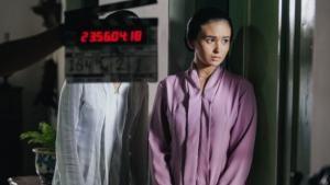 Berperan dalam Kartini Ayushita Biasakan Diri dengan Sanggul dan Kain