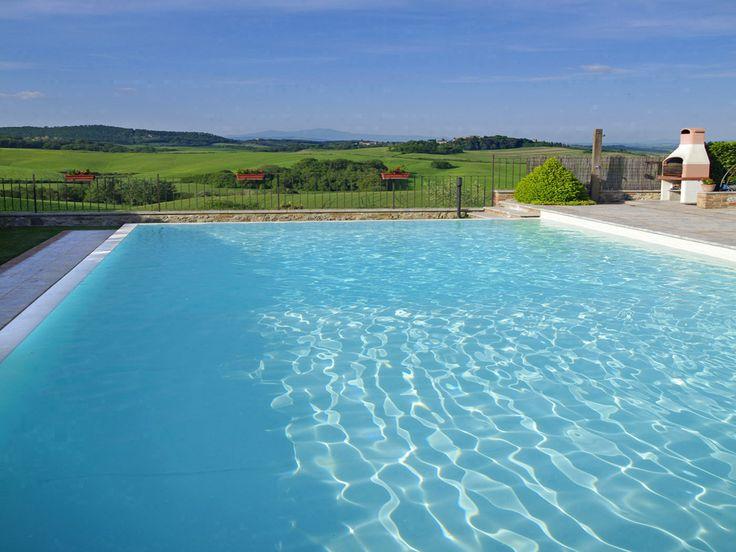 Otra #piscina de #diseño renovada con membrana armada RENOLIT ALKORPLAN2000 Blanco en tu #hogar