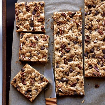 Chocolate-Chip-Pecan Cookie Bars: Cookies Bar, Baking Tips, Chocolates Chips Pecans, Desserts Ideas, Baking 101, Baking Recipes, Bar Recipes, Healthy Desserts, Chocolatechippecan Cookies