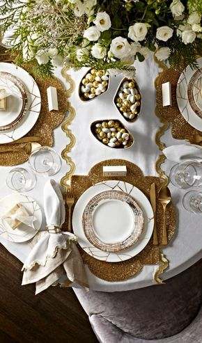 A modern yet eclectic collection in premium bone china, we can't get enough of Donatella Dinnerware. Rich gold bursts give it 24K style...
