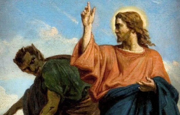 Może ci już mówi, że nie dasz rady, że twoje dziecko jest stracone. Wmawia ci, że się do niczego nie nadajesz, że szkoda twojej modlitwy, bo syn, córka, mąż, żona jest już jego, jest potępiona.  Nie słuchaj tego głupka, on jest przegrany, bo Jezus cię wybawił, teraz tylko jak