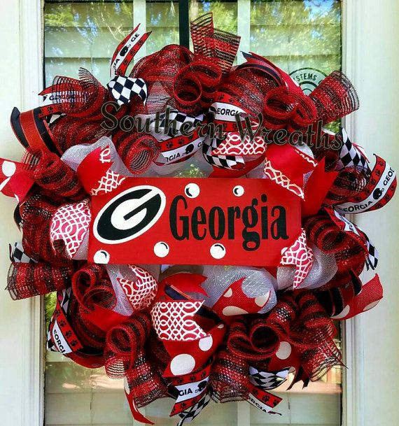 Check out this item in my Etsy shop https://www.etsy.com/listing/466260215/georgia-wreath-georgia-bulldogs-door