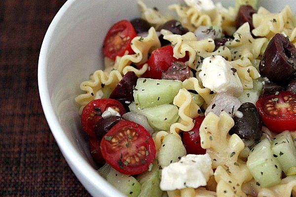 Greek Pasta Salad: Uncook Pasta Recipes, I Love You, Salad Dresses Recipes, Lunches, Yummy Food, Pasta Salad With Vinegar, Eating, Greek Pasta Salads, Greekpastasalad