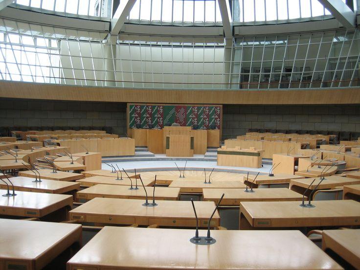 Plenarsaal des Düsseldorfer Landtag (Chamber of Düsseldorf Parliament) - Düsseldorf, Deutschland