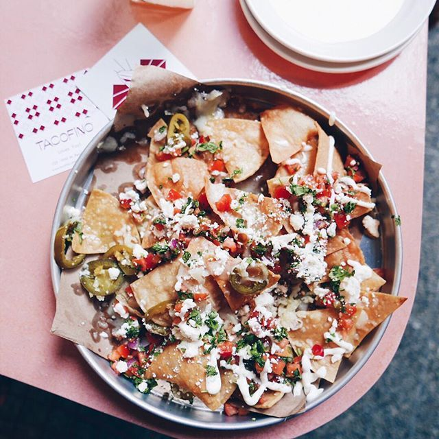@INSTANOMSS Afternoon Taco break all to myself.  . . . #instanomss #vancouver #onthetable #taco #tacos #nachos #heresmyfood #yvr #millenialpink #vancouverbc #おうちごはん #eeeeeats #beautifulbc #foodblogfeed #howisummer #gu