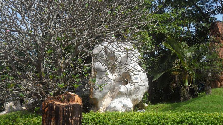 Вековой камень