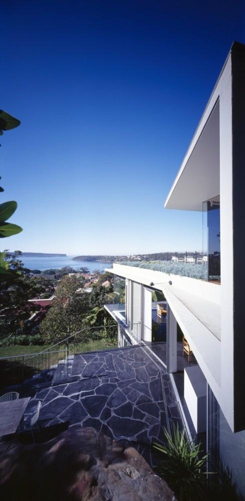 Thats some view! Hrdlicka House / Durbach Block Jaggers, Australia
