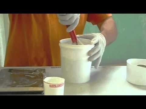 Como hacer moldes de látex para elaborar cupcakes de jabón o vela - YouTube