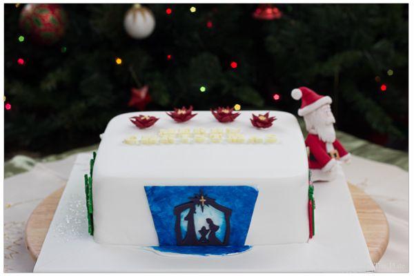 Christmas Cake 2013   On to the plate