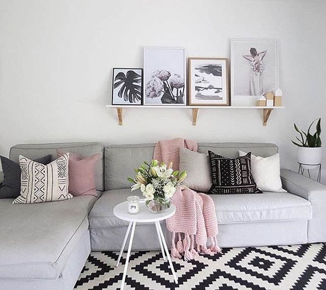 The Living Room Of Our Customer Becdarragh Featuring Linen Cushions And Peonies Prints