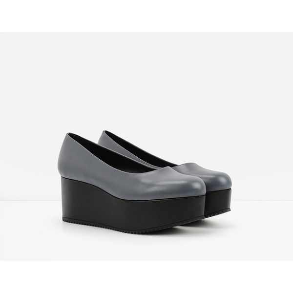 CHARLES & KEITH Flatform Pumps ($49) ❤ liked on Polyvore featuring shoes, pumps, grey, chunky pumps, polyurethane shoes, charles & keith, platform wedge shoes and gray shoes