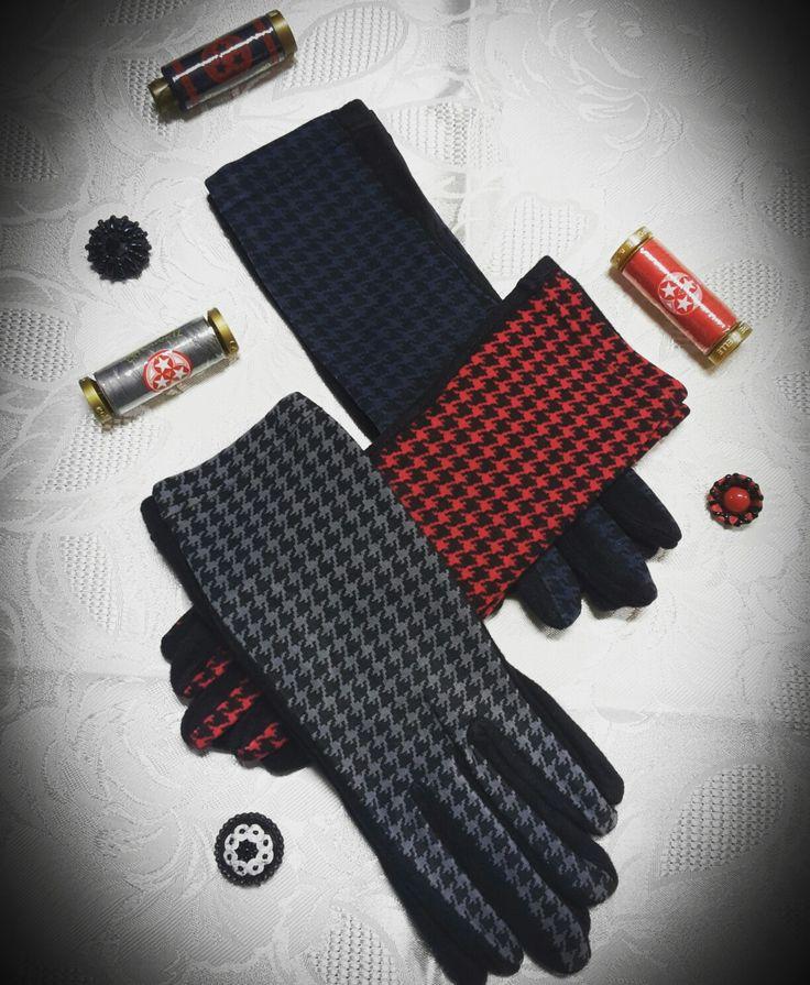 Guanto Caldo e Soffice in Microfibra: il suo Disegno Pied De Poule dona un tocco Trendy alle tue mani!