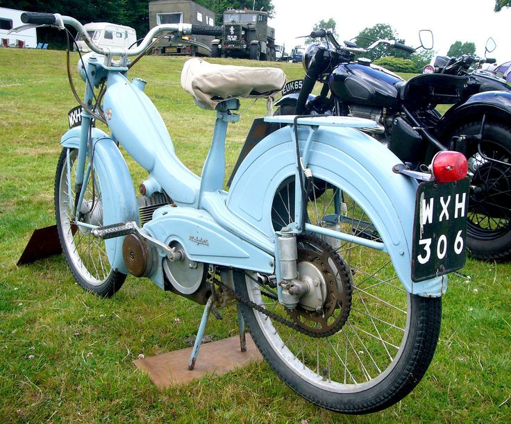 Mobylette 50 Moped | 1958 Mobylette Moped 49cc 2-stroke engine (Mobylette's were produced from 1949 to 1987) France. Seen at the Melbury Abbas Rally 2010 in Dorset