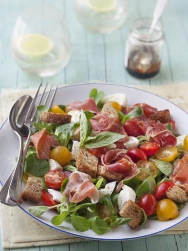 Salade mâche, jambon de Bayonne, mozzarella