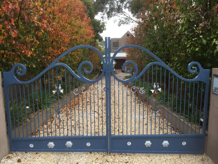 Custom made gate @ Mt Eliza, Victoria