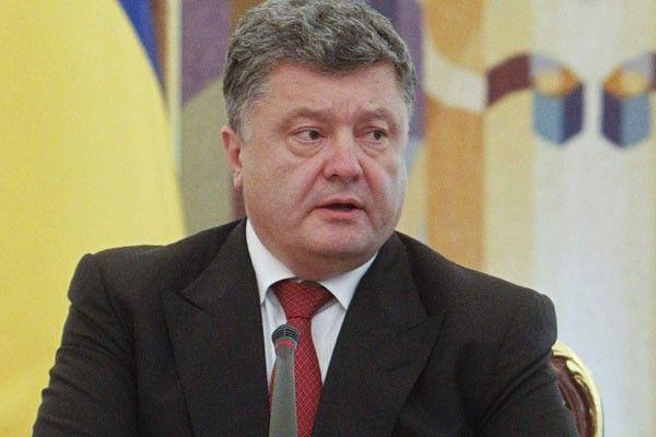 Presiden Ukraina Petro Poroshenko nyatakan, negaranya siap berperang total meladeni Rusia yang menyokong para pemberontak di wilayah timur.