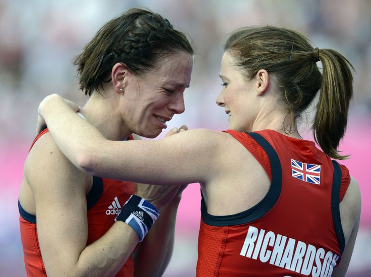Helen and Kate Richardson-Walsh won a gold medal in women's field hockey for Great Britain on Friday night, and no, they're not sisters.