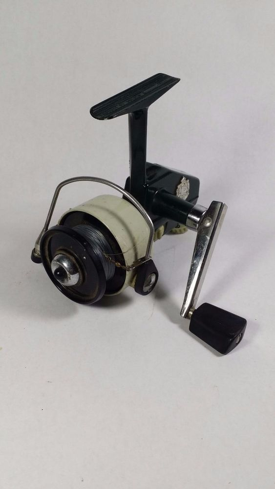 124 best images about old fishing reels on pinterest for Vintage fishing reels