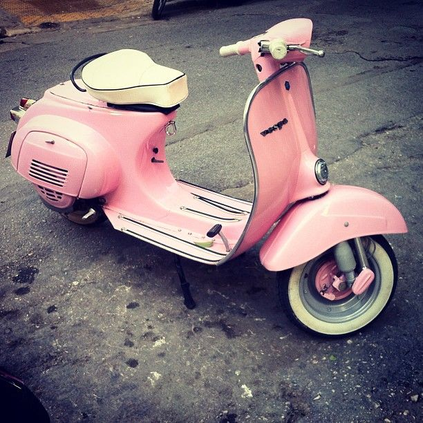 pink Vespa ( I SO want one of these! Pink or not. I could hook it up to the back of my camper :)  <3 )