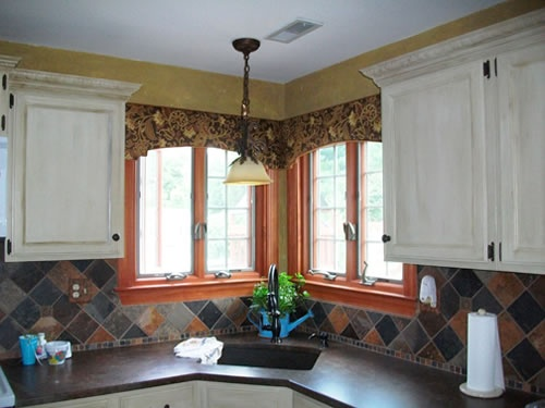 Corner Window Cornice (arched Shape). This Is The Type Of Cornice For My  Kitchen Corner Windows Only In A Chevron Pattern. | Cornices | Pinterest |  Window ...