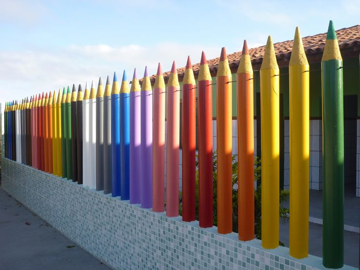 Rainbow Fence | Basic school in brazilian interior, Reconcav… | Flickr