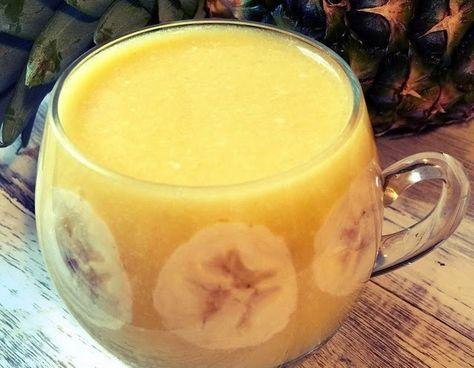 Zielone koktajle: ananas + banan + olej kokosowy + pomarańcza. Redukujący kg.