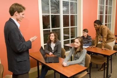 How to Teach Leadership to High School Students With a Lesson Plan thumbnail