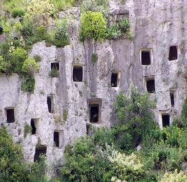 Siracusa: Unesco sito - grotte di Pantalica