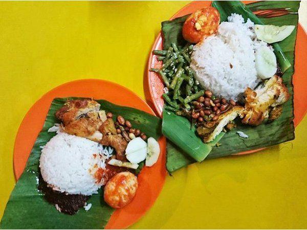 Nasi Lemak @ Kembara Corner @ Lorong Dyed Putra Kiri @ Robson Heights - courtesy of HungryGoWhere