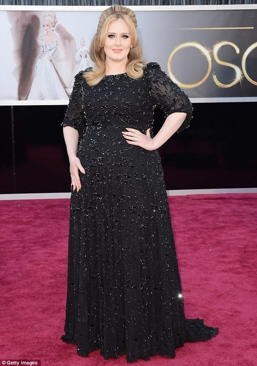 Adele in Jenny Packman dress at 2013 Oscars