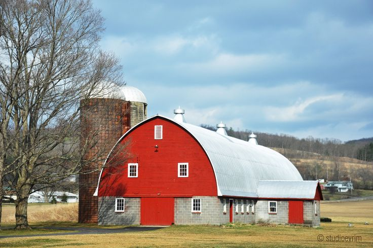 Red barn along the road to Ithaca, NY
