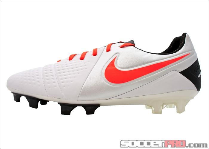 nike ctr360 maestri iii fg soccer cleats white with black...179.99