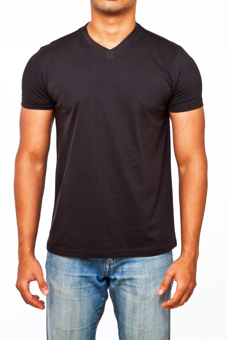 #FightingFame The Quintessential Black V-Neck. @ FightingFame.com