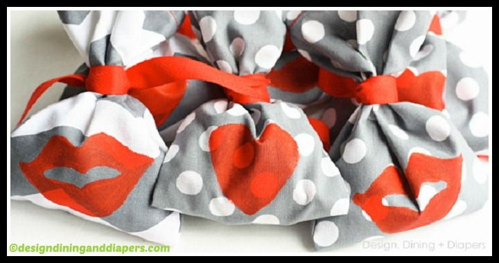 Learn to make easy Kiss Me Valentine's Day Flavors by following this how to DIY tutorial. Grab the needed tools (fabric, ribbons, paint) and get creative!