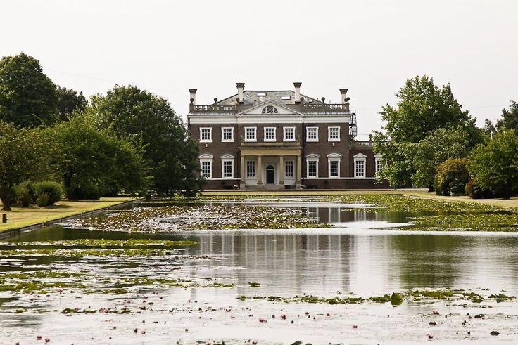Classical Britain • Boreham House - Essex Countryside - 1730