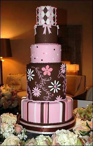 pink and brown wedding cake
